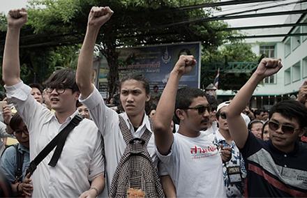 20150804-Studentprotestors-440