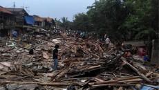 People, politics and planning collide in riverside slum Kampung Pulo.
