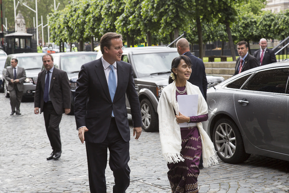 British PM David Cameron meets with Aung San Suu Kyi.