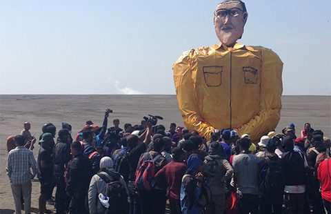 The effigy of Bakrie at the protest marking nine years since the Lapindo mudflow disaster. Photo by Phillip Drake.