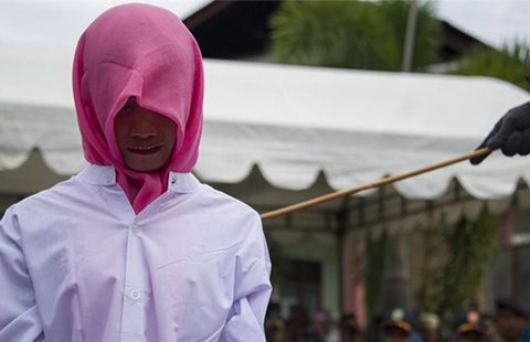 Aceh-woman-480