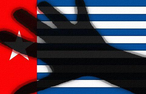 Papua-hand-480