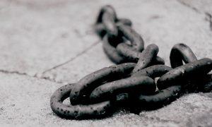chains-480