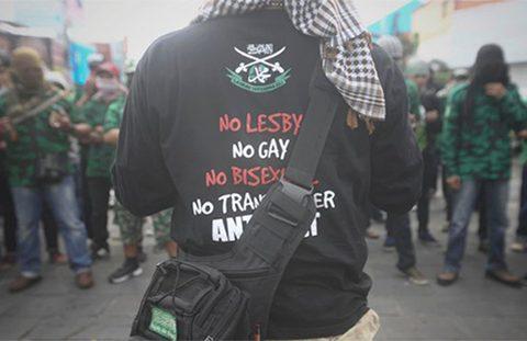 Anti-LGBT-Indonesia-480
