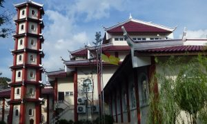 Sometimes mistaken as a Chinese temple, the Seremban Al-Saadah Mosque Complex is one of the newly established Chinese-style mosques in Malaysia.