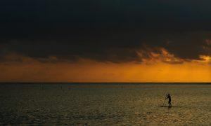 LoneSurfer-Mauritius