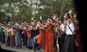 obama-myanmar-crowd-1024