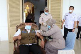 Indonesia's open-door lockdown